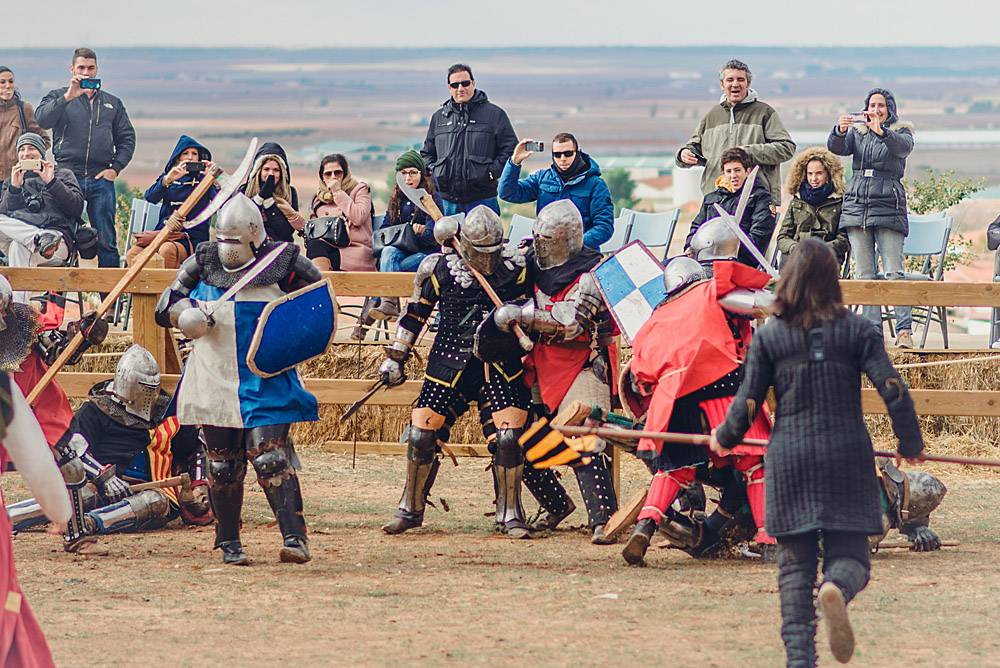 Замок Испании Бельмонтк, рыцарский турнире