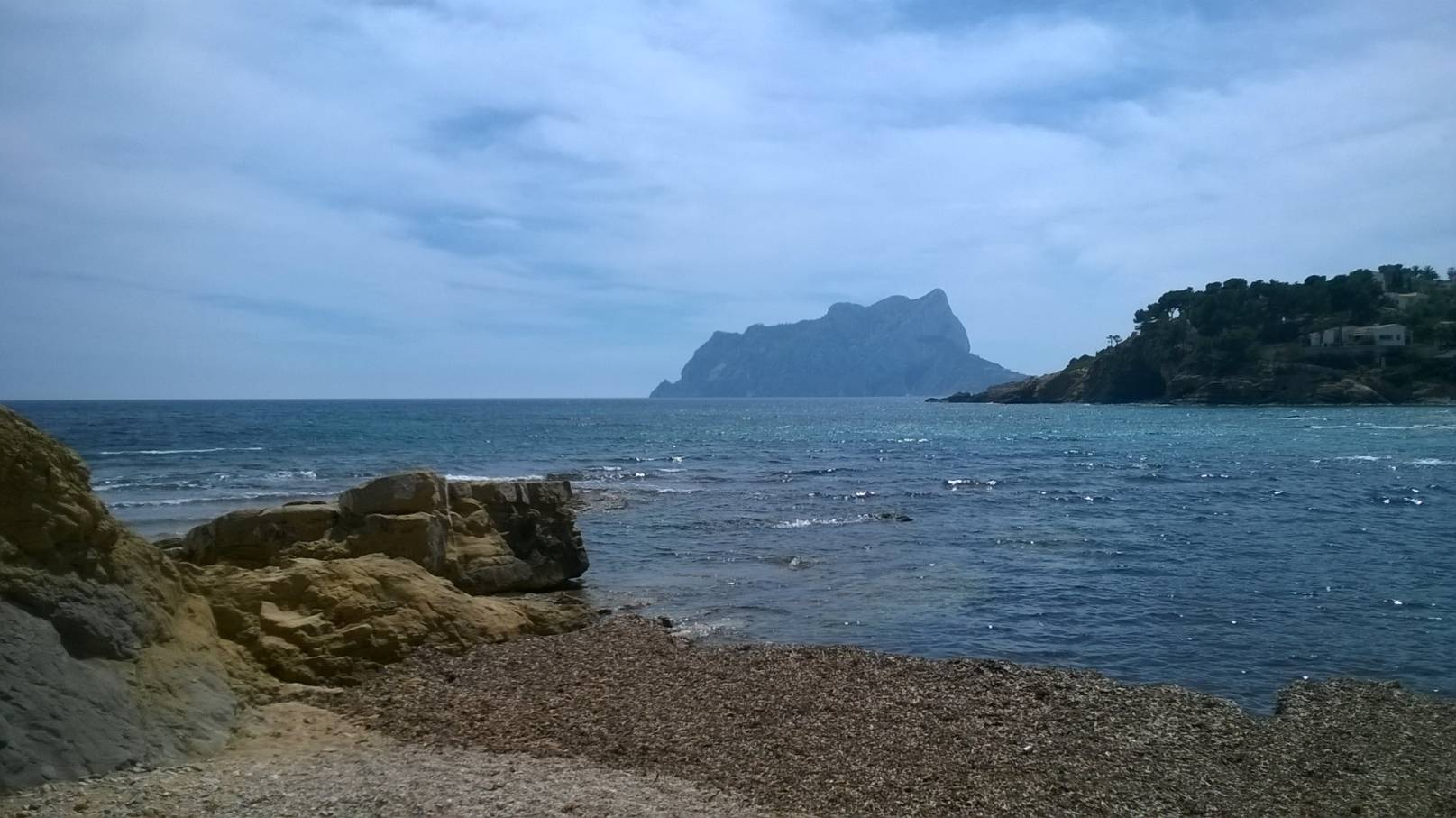 cala-els-pinets-ifach-view