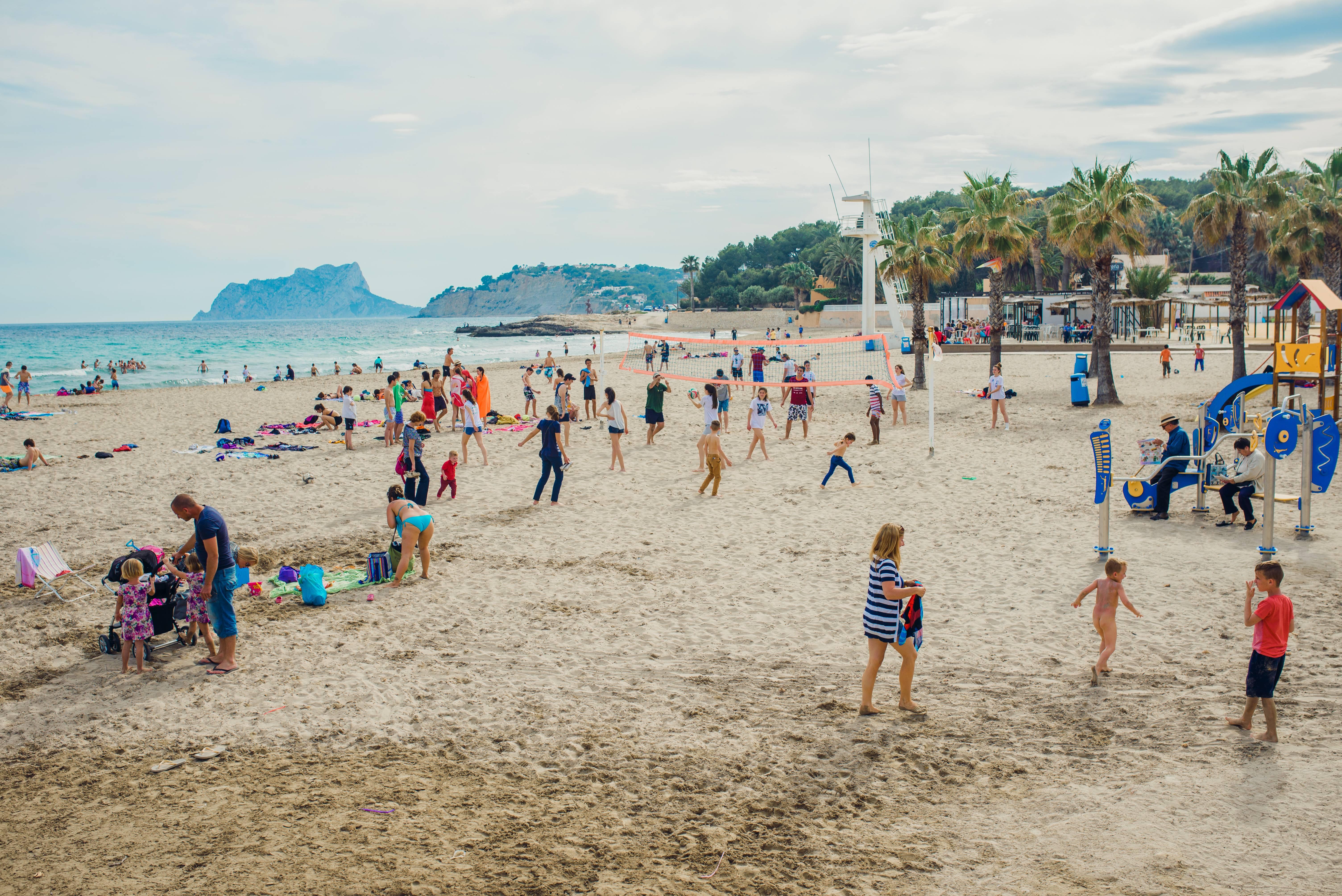 lampolla-beach2