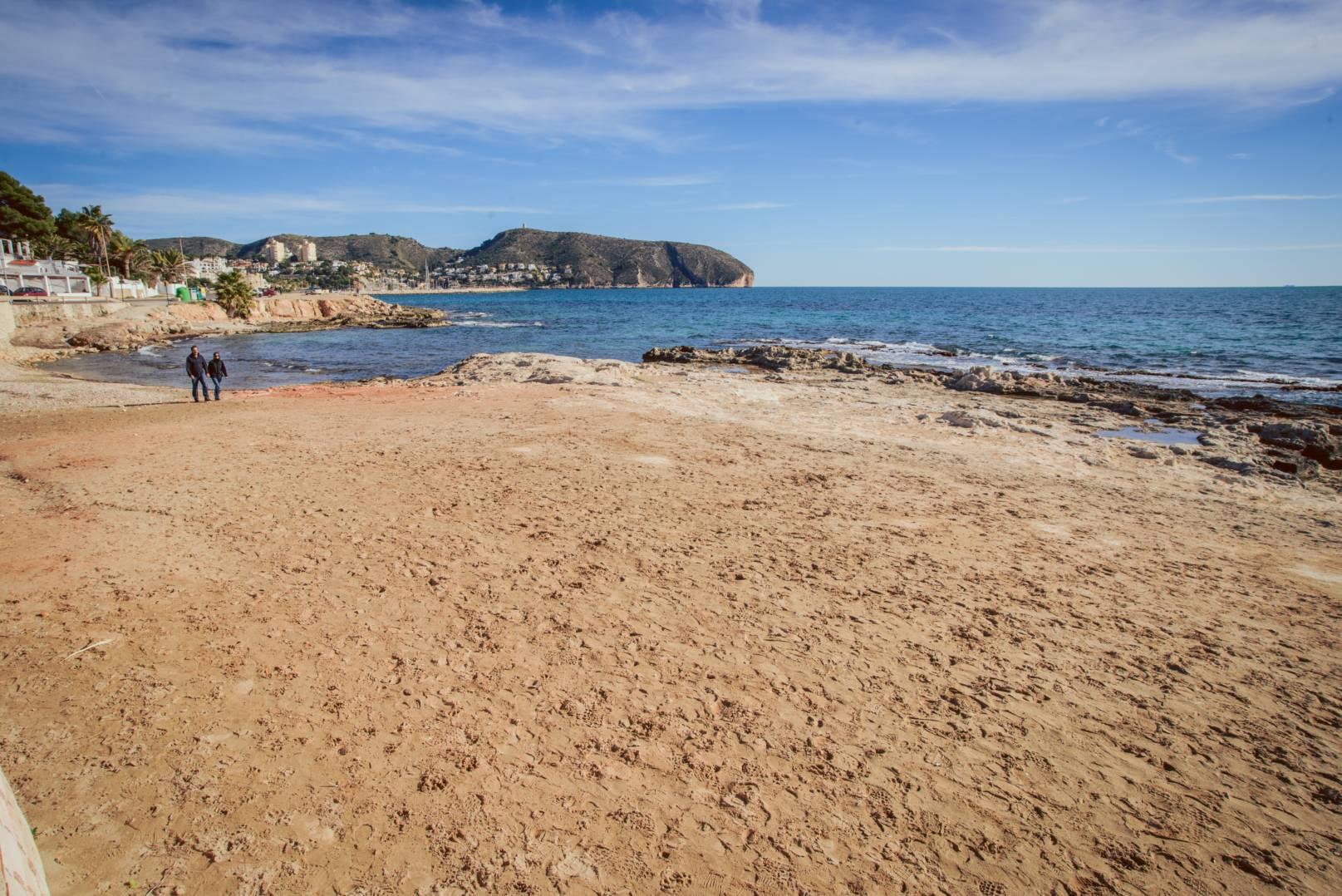 les-platgetes-beach1
